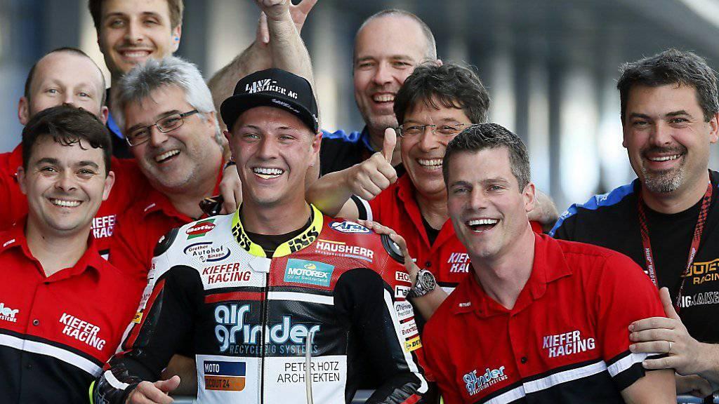 Dominique Aegerter und das Kiefer Racing Team, welches nach dem Tod von Besitzer Stefan Bradl auf den GP Malaysia verzichtet