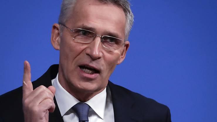 Für Nato-Generalsekretär Jens Stoltenberg ist klar: Künftig müsse auch der Weltraum vor Feinden verteidigt werden.