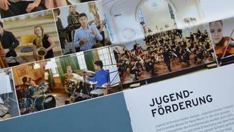Der Jahresbericht zeigt in Wort und Bild die ganze Vielfältigkeit des Künstlerhauses Boswil. ES