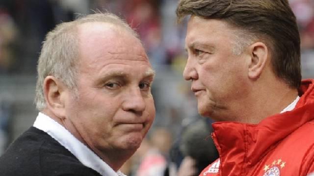 Hoeness und Van Gaal - noch stärkt der Manager dem Trainer den Rücken