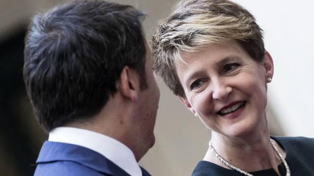 Gute Stimmung, ernste Themen: Renzi (l.) und Sommaruga in Rom