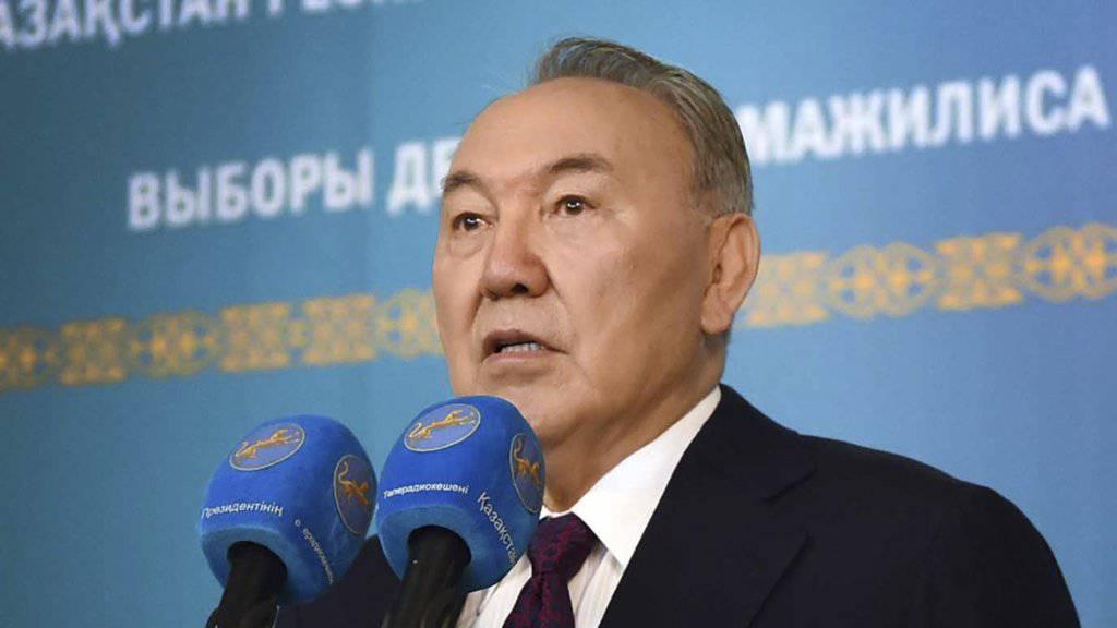 Die Macht von Kasachstans Herrscher Nursultan Nasarbajew bleibt unangetastet