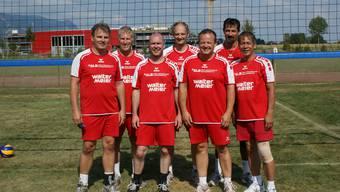 Die Siegermannschaft Bettlach 1. Wer genau hinschaut erkennt auf dem Bild auch noch den neuen Grenchner Stadtbaumeister (hinten Mitte).