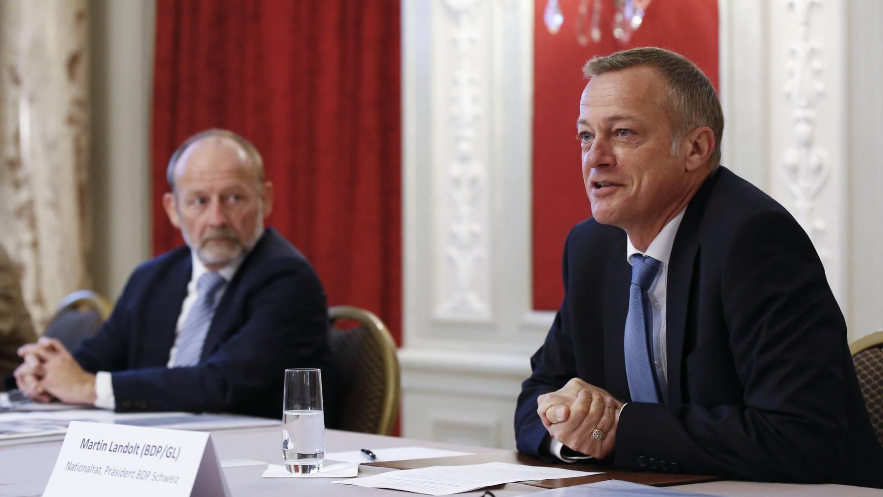 Im Komitee engagieren sich auch der ehemalige Nationalratspräsident Dominique de Buman (l.) und BDP-Präsident Martin Landolt.
