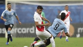 Nach dem Viertelfinal gegen Luis Suarez' Uruguay wurde Carlos Zambrano in die Top-Elf dieser K.-o.-Stufe gewählt.