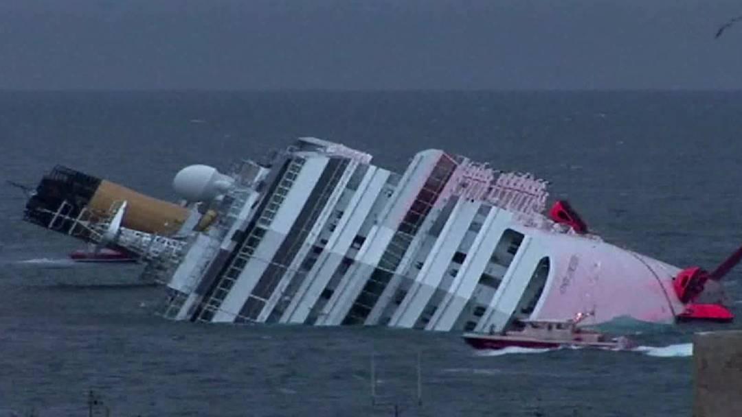 Viele gerettete Passagiere der Costa Concordia vergleichen ihre Erlebnisse mit dem Untergang der Titanic