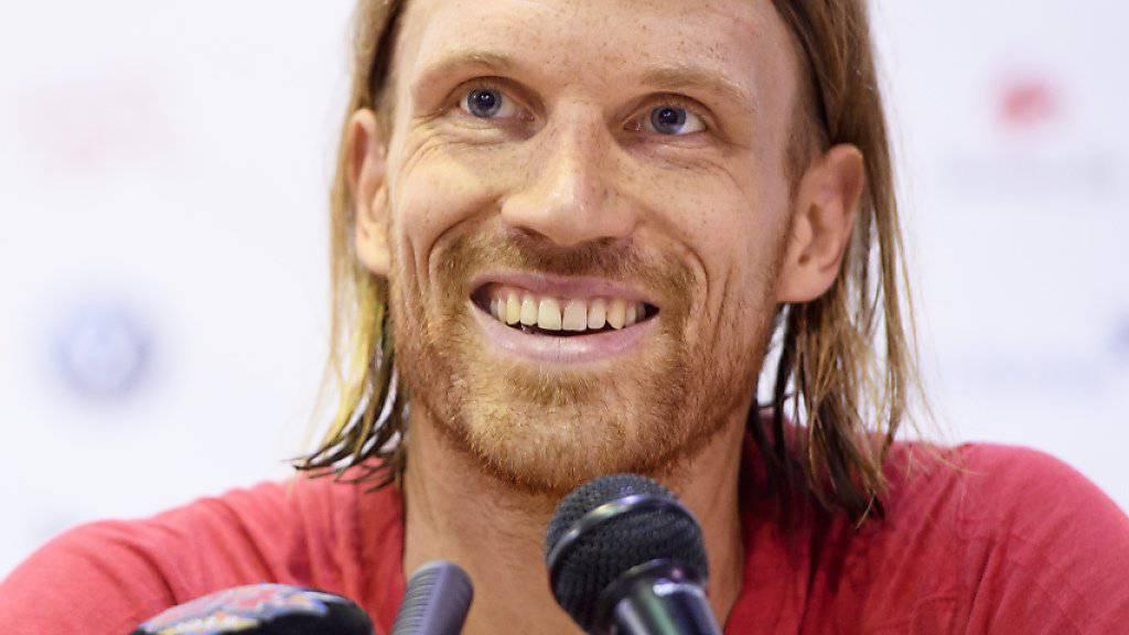 Verteidiger Michael Lang berichtet über die Stimmung im Schweizer Team