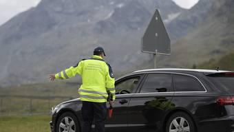 Der Ständerat will dem Grenzwachtkorps unter die Arme greifen und das Personal in den am meisten von Kriminaltourismus betroffenen Kantonen aufstocken. (Archivbild)