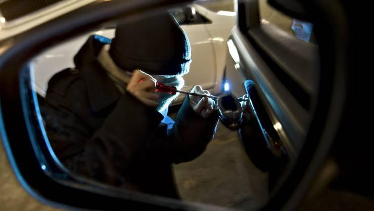 Autoknacker Autoaufbruch Einbruch Auto Diebstahl