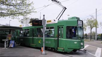 Das Opfer befand sich im Tram der Linie 3, als er angegriffen wurde.