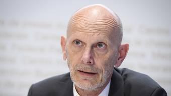 Der Coronabeauftragte des Bundes, Daniel Koch, verliess sich eine Weile lang mehr auf sein Bauchgefühl als auf die evidenzbasierten Erkenntnisse der Wissenschafterinnen und Wissenschafter. (Archivbild)