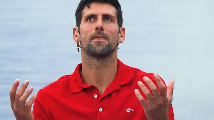 Novak Djokovic tut seine Meinung kund.