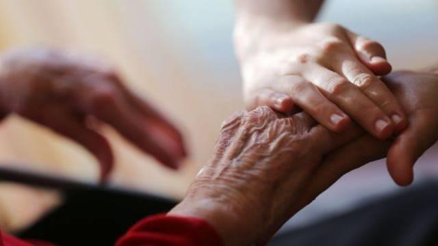 118 000 Senioren leben aktuell in einem Schweizer Pflegeheim.