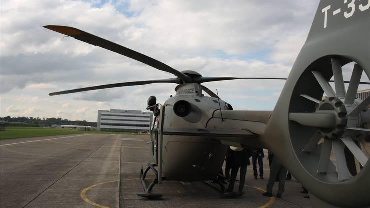 Nach dem Abzug der Kampfflugzeuge im Jahre 2005 blieb die Armee mit einer Helikopterbasis auf dem Flugplatz präsent. manuel reimann