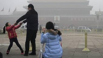 Der Smog ist zurück in Peking. (Archiv)
