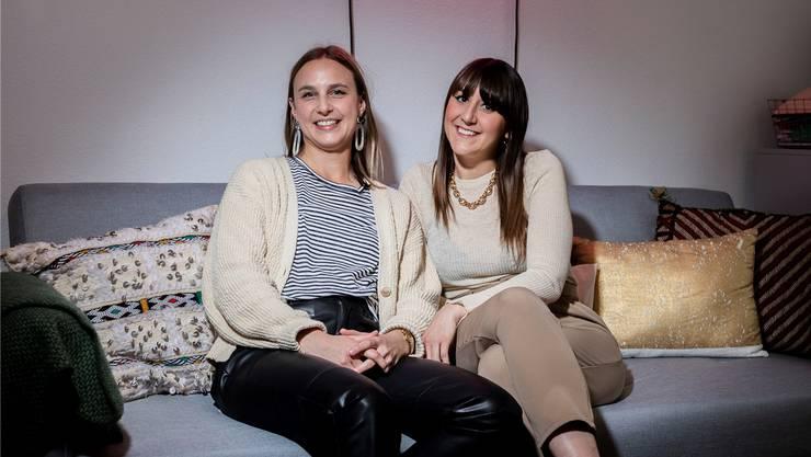 Cécile Moser und Rahel Fenini (v. l.) wollen den feministischen Diskurs ankurbeln.