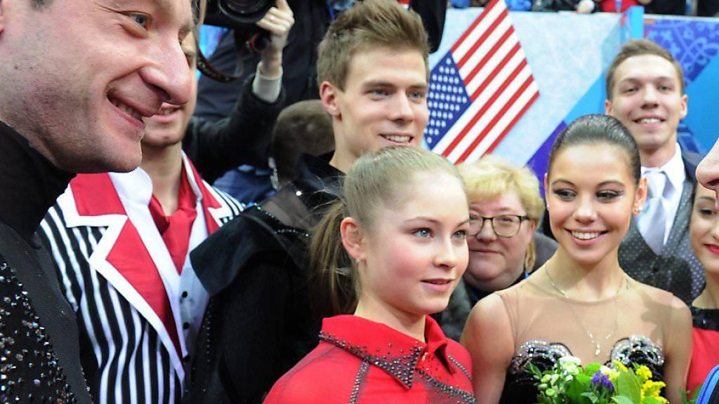 Der erneut zurückgetretene Jewgeni Pluschenko (links) nimmt Gratulationen vom russischen Präsidenten Wladimir Putin entgegen