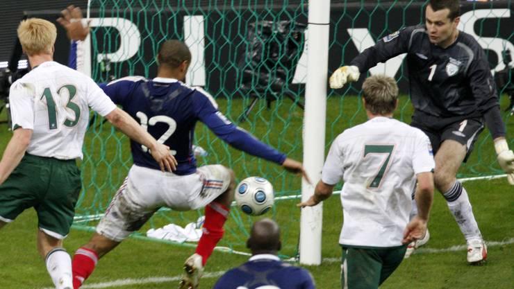 Diese Szene mit Thierry Henry (Nr. 12) hatte für Irland finanzielle und sportliche Konsequenzen