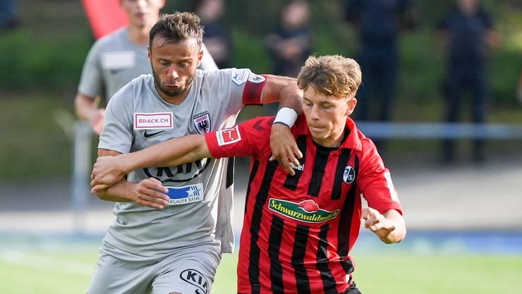Gelungenes Testspiel: Gegen den Bundesliga-Sechsten SC Freiburg erreicht der FC Aarau ein 2:4.