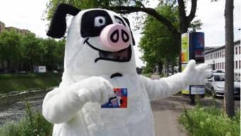 Der überlebensgrosse Schweinehund wird die Stadt auch dieses Jahr vor Littering beschützen.