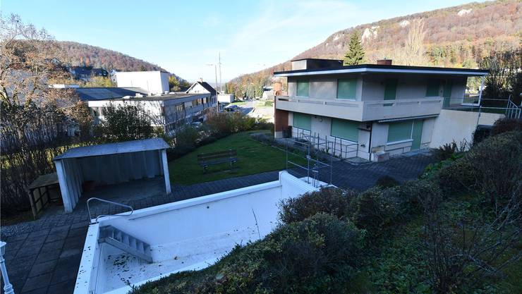 Der Gemeinderat Flüh-Hofstetten erhebt Einsprache gegen das Sterbehaus.