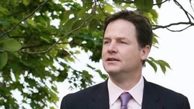 """""""Schwerer Schlag"""": Nick Cleggs Liberale sind an der Urne abgestraft worden"""