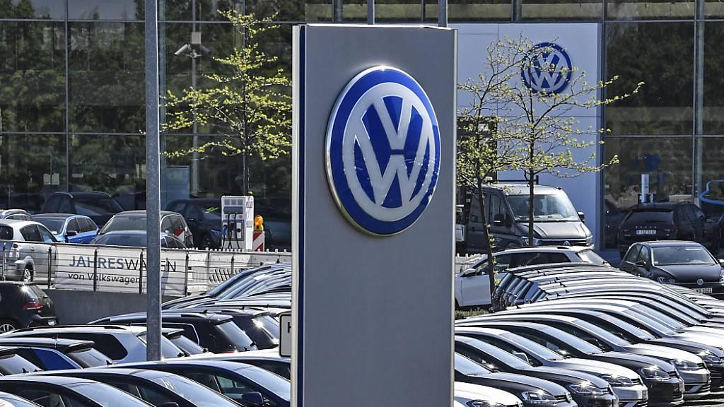 VW-Konzern verkauft im Oktober wieder weniger
