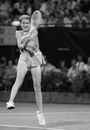 Mit 16 Jahren gewann sie 1979 das US Open, das schaffte sie auch 1981. Sie war 1980 kurze Zeit die Nummer eins der Welt. Rückenprobleme zwangen die Amerikanerin 1983 zum Rücktritt.
