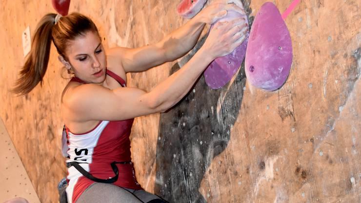 Beim ersten Swiss Climbing Cup der Saison 2017 holt sich Petra Klingler (Bonstetten) einen souveränen Sieg.