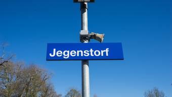 Der Bahnhof Jegenstorf wird neu gebaut. Nur wo?