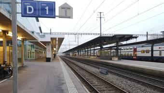 Der tödliche Unfall ereignete sich am Donnerstagabend, kurz vor Mitternacht am Bahnhof Aarau beim Gleis 1.