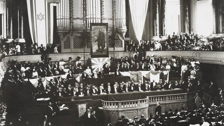 Im Basler Musiksaal wurde der Grundstein für den Staat Israel gelegt. Im Bild: Der Zionistenkongress 1911.