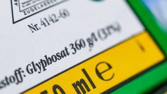Der deutsche Chemiekonzern Bayer kann in den USA mit einer Senkung der Schadenersatz-Zahlungen an Glyphosat-Geschädigte rechnen. (Themenbild)