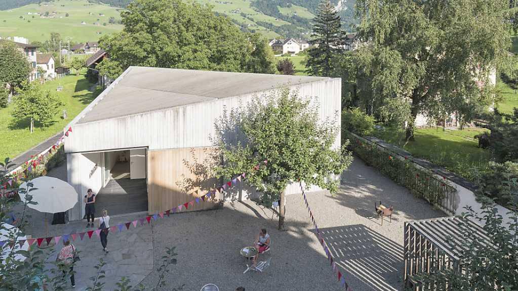 Das Winkelriedhaus in Stans holt den Sommer ins Museum.