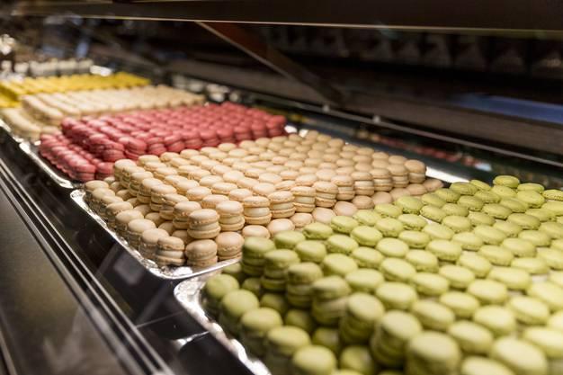 Die Edel-Confiserie aus Zürich eröffnete am Donnerstag ihre neue Verkaufsstelle in der Badener Bahnhofspassage.