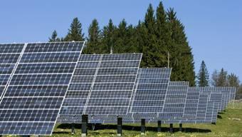 Das heisse Wetter kann sich negativ auf die Leistung von Solarmodulen auswirken. (Symbolbild)