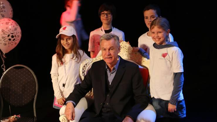 Ottmar Hitzfeld beantwortete rund 20 Fragen der Kinderuni-Reporter.