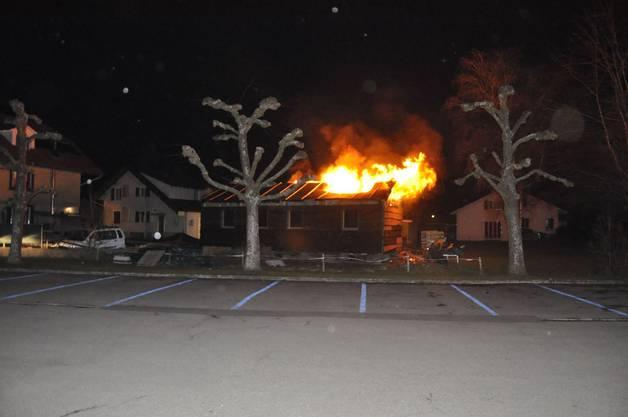 Durch das Feuer entstand ein geschätzter Schaden von mehreren 10'000 Franken.