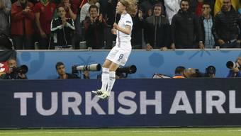 Birkir Bjarnason vom FC Basel erzielte den ersten Treffer Islands in der EM-Geschichte