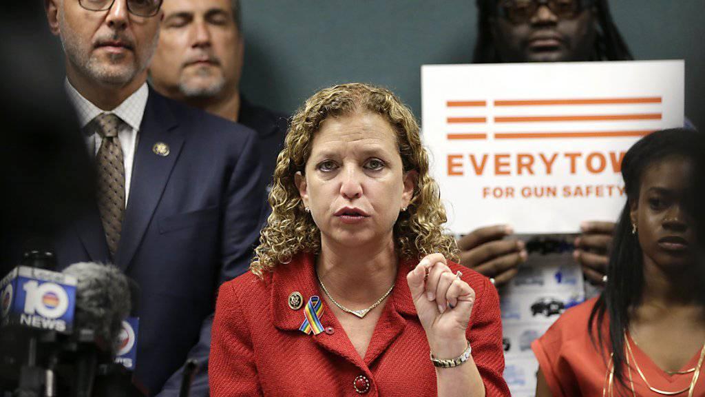 «Verdammter Lügner»: Parteichefin der US-Demokraten,  Debbie Wasserman Schultz, über Sanders-Vertrauten. (Archivbild)