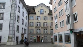 Im Hotel und Restaurant Stadthof werden auch in nächster Zeit Gäste beherbergt und bewirtet. Doch das Ende des Betriebs zeichnet sich ab.
