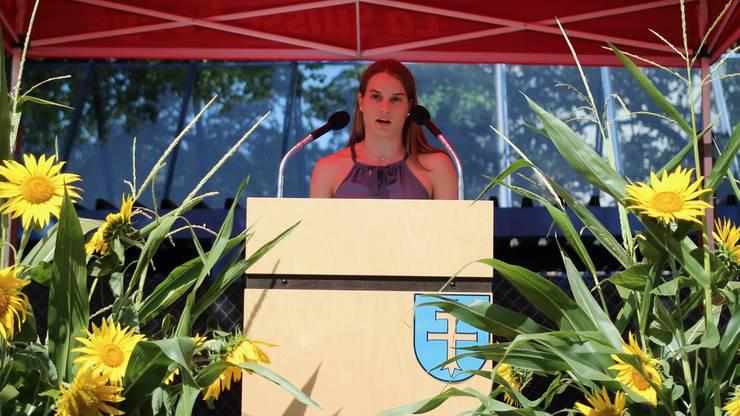 Impressionen von der Bundesfeier in Fislisbach.Wasserspringerin Michelle Heimberg hält ihre erste 1.-August-Rede schon ziemlich souverän.