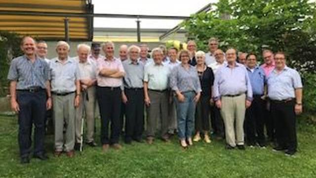 Die alt-Gemeindepräsidentinnen und -präsidenten der Amtei Olten-Gösgen.