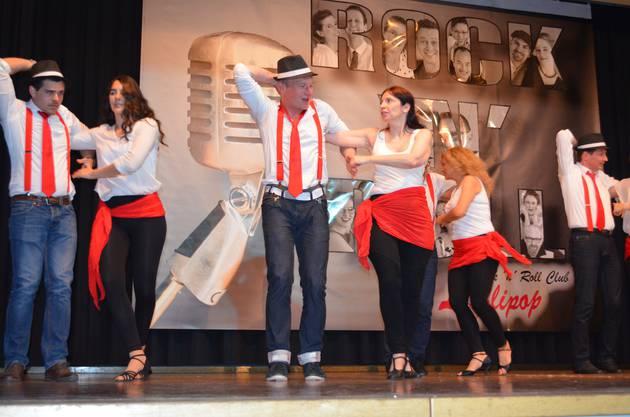 Tanzfeeling pur an der 9. Ausgabe der «Rock'n'Roll Fever Show und Dance Night» in der Mehrzweckhalle Hausen mit demRock'n'Roll-Club Lollipop;Die Tanzschule dance2bee zeigt ein Potpourri verschiedener Stile.