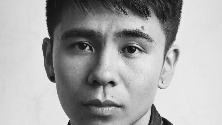 Die Gedichte des 31-jährigen Ocean Vuong skizzieren die Lebens- und Imaginationswelt ihres Autors.