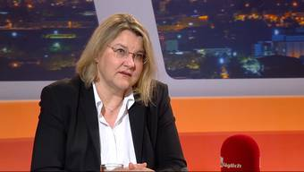 """Sie musste von Null auf Hundert starten! Kaum im Amt musste sich die Aargauer Kantonsärztin Yvonne Hummel den Herausforderungen der Coronakrise stellen. Was sie alles erlebt hat, wie sie die schrittweisen Lockerungen beurteilt und wie lange uns der Virus noch beschäftigt, erzählt sie im """"TalkTäglich""""."""