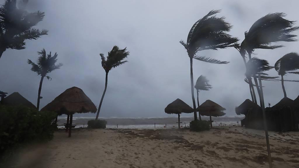 Hurrikan Grace trifft auf Mexikos Golfküste und verliert an Kraft