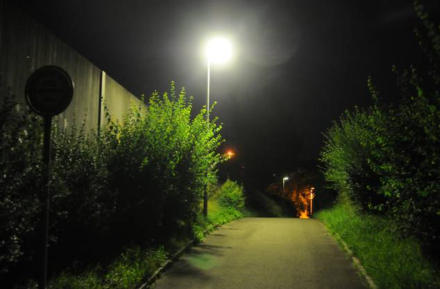 So sieht es beim Fundort nachts aus.