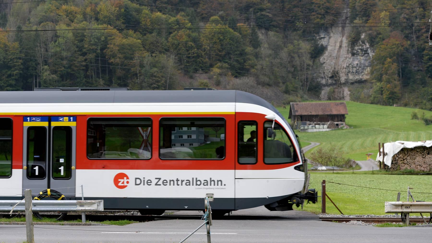 Ein Bericht der Eidgenössischen Finanzkontrolle sieht bei der Zentralbahn Handlungsbedarf.