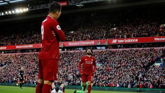 Roberto Firmino nach seinem Hackenpass zu Mohamed Salahs 3:0 gegen Bournemouth in Shaqiris Jubelpose.